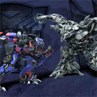 TRANSFORMERS Wallpaper: OPTIMUS PRIME vs. MEGATRON