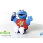 PLAYSKOOL SESAME STREET LET'S ROCK! Singin' Cookie Monster Product Video Demo