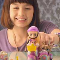 LITTLEST PET SHOP BLYTHE Loves LITTLEST PET SHOP Scooter Video