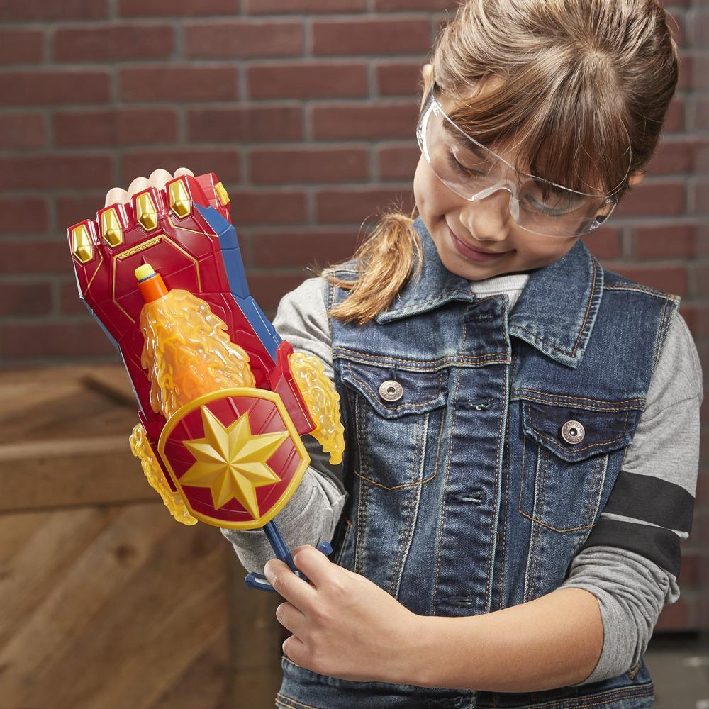 NERF Power Moves Captain Marvel Photonen-Blaster