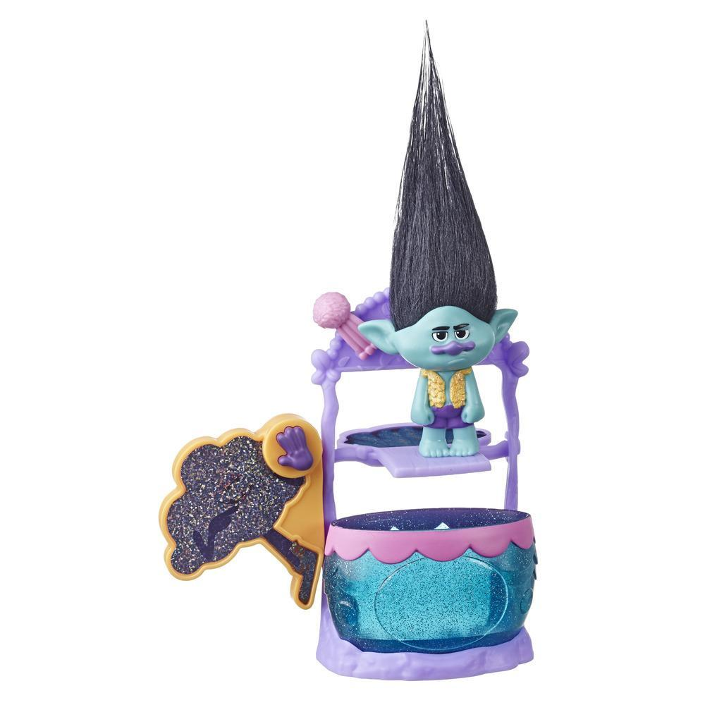 DreamWorks Trolls Branch's Dunk the Grump Dunk Tank Playset with Figure and Critter