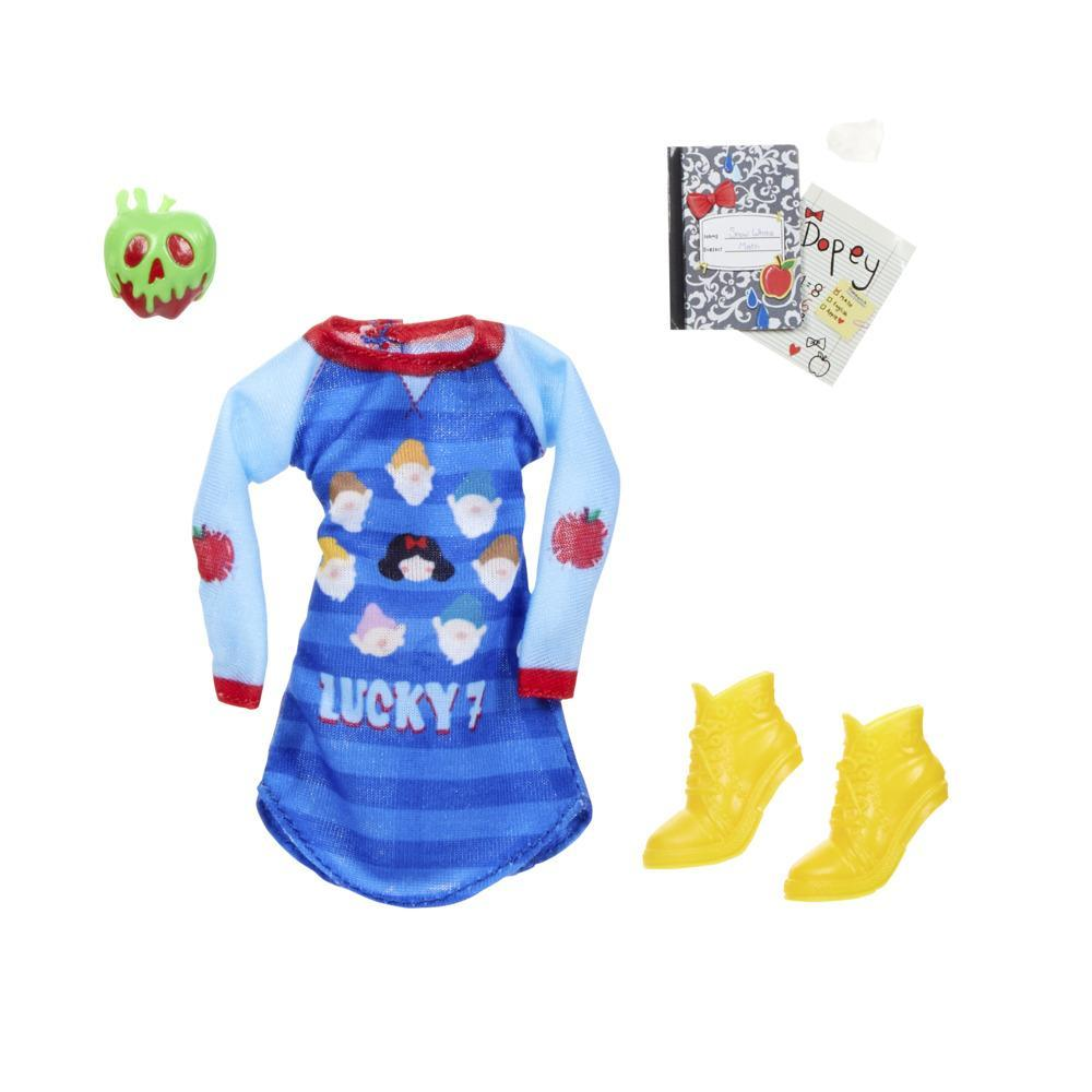 Disney Princess Comfy Squad Fashion Pack for Snow White Doll, Clothes for Disney Fashion Doll Toy (doll sold separately)