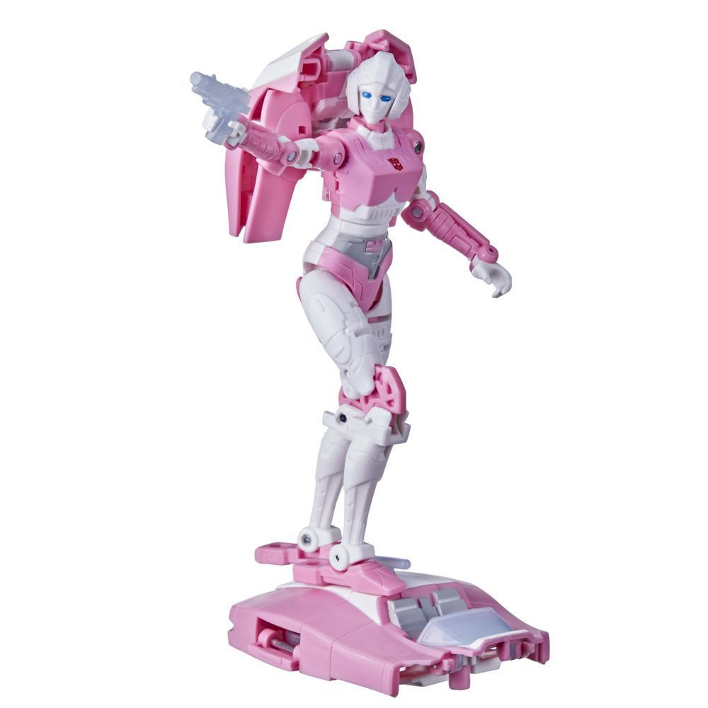 Transformers Toys Generations War for Cybertron: Kingdom Deluxe WFC-K17 Arcee Action Figure - 8 and Up, 5.5-inch
