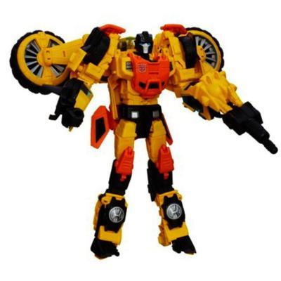 Transformers Generations Thrilling 30 Voyager Class Sandstorm Figure