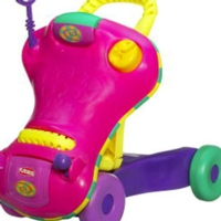 PLAYSKOOL EXPLORE 'N GROW STEP START WALK 'N RIDE - Pink