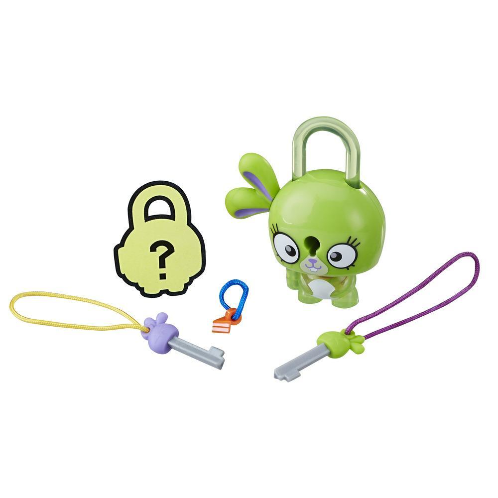 Lock Stars Basic Assortment Green Bunny -- Series 1
