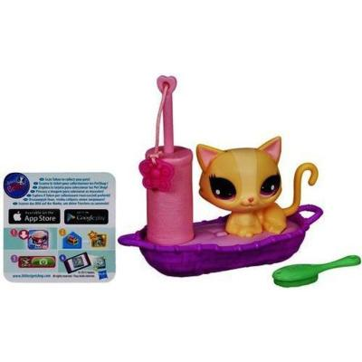 Littlest Pet Shop Kitty's Cozy Cot Set