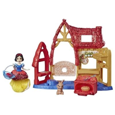 Disney Princess Cottage Kitchen and Snow White Doll, Royal Clips Fashion