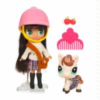 LITTLEST PET SHOP BLYTHE Loves LITTLEST PET SHOP: PLAYFULLY PLAID