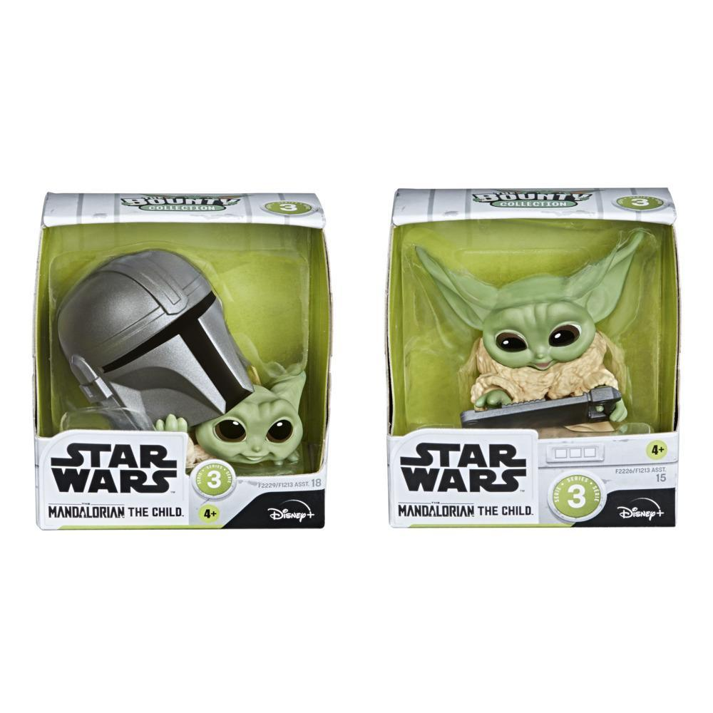 Star Wars The Bounty Collection Series 3 The Child Figures Helmet Peeking, Datapad Tablet Posed Toys 2-Pack, 4 and Up
