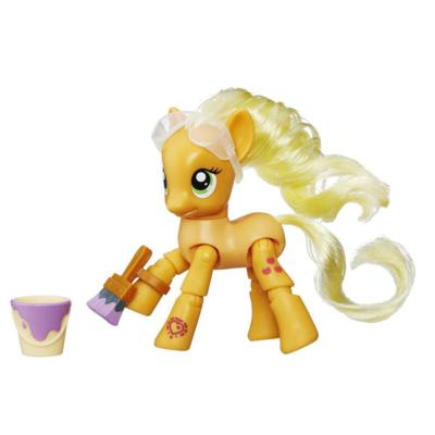 My Little Pony Explore Equestria Applejack Painting Poseable Pony