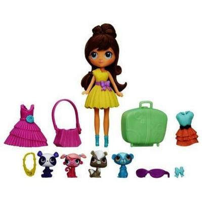 Littlest Pet Shop Travel Trendy Blythe and Pets Set