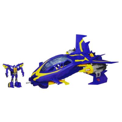 Transformers Beast Hunters Sky Claw Vehicle with Smokescreen Figure