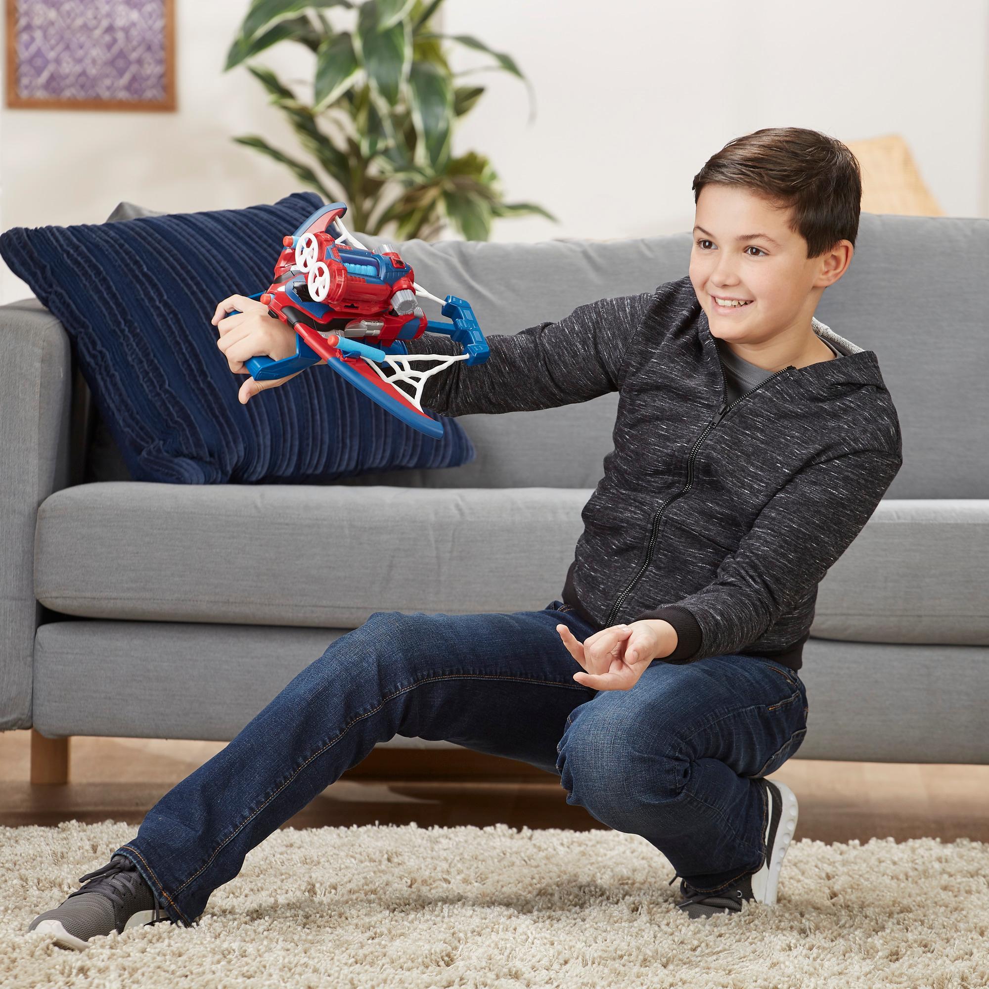 Spider-Man Web Shots Aracnoballesta - Lanzador de juguete con tecnología NERF para niños de 5 años en adelante