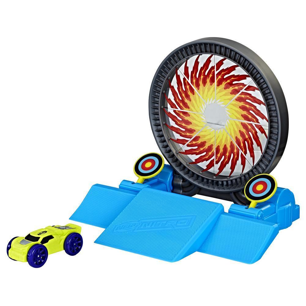Nerf Nitro Bullseye Blast - Set de acrobacias