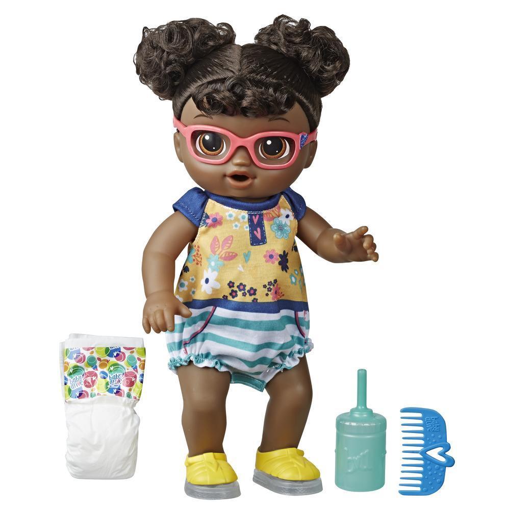 Muñeca Bebé pasos y risas de Baby Alive, con cabello negro y zapatos que se iluminan