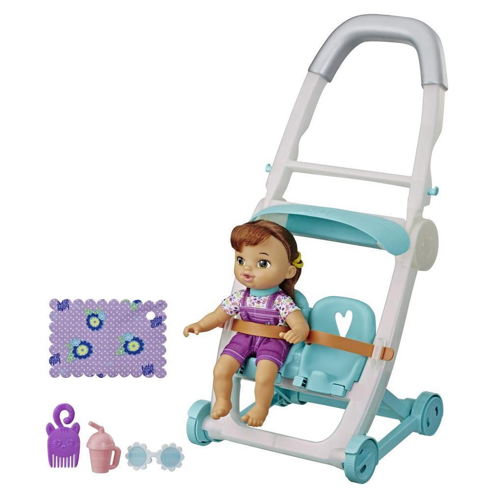 Littles by Baby Alive - Coche de bebé, muñeca de la pequeña Lucy, de cabello castaño y con piernas que se mueven - Juguete para niños y niñas de 3 años en adelante