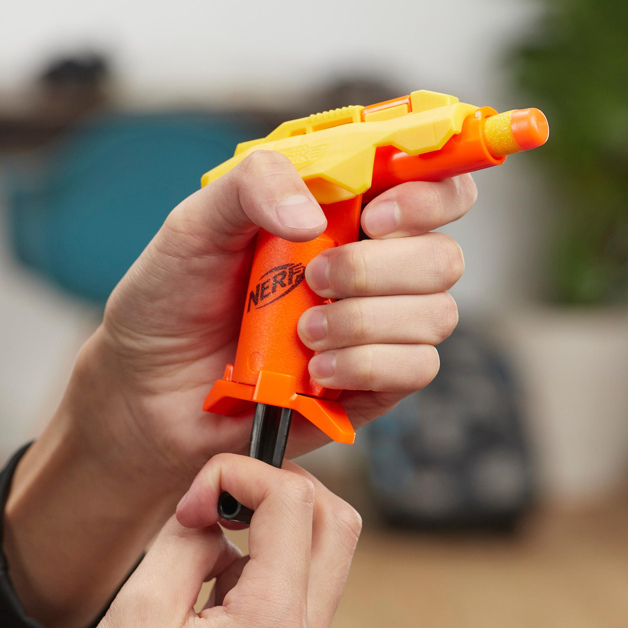 Nerf Alpha Strike Stinger SD-1 Pack de 4 -- 12 piezas -- Incluye 4 lanzadores Stinger SD-1 y 8 dardos Nerf Elite oficiales -- Para niños, adolescentes y adultos