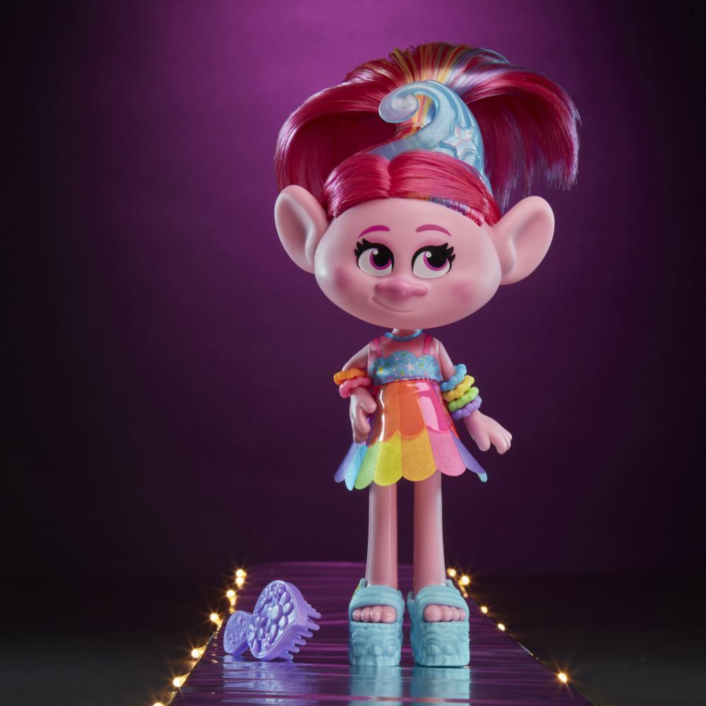 DreamWorks Trolls - Poppy Glamour - Figura con vestido y accesorios, inspirada en Trolls 2  - Juguete para niñas