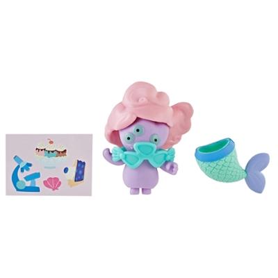 UglyDolls Disfraz sorpresa - Juguete Tray Señorita sirena, figura y accesorios