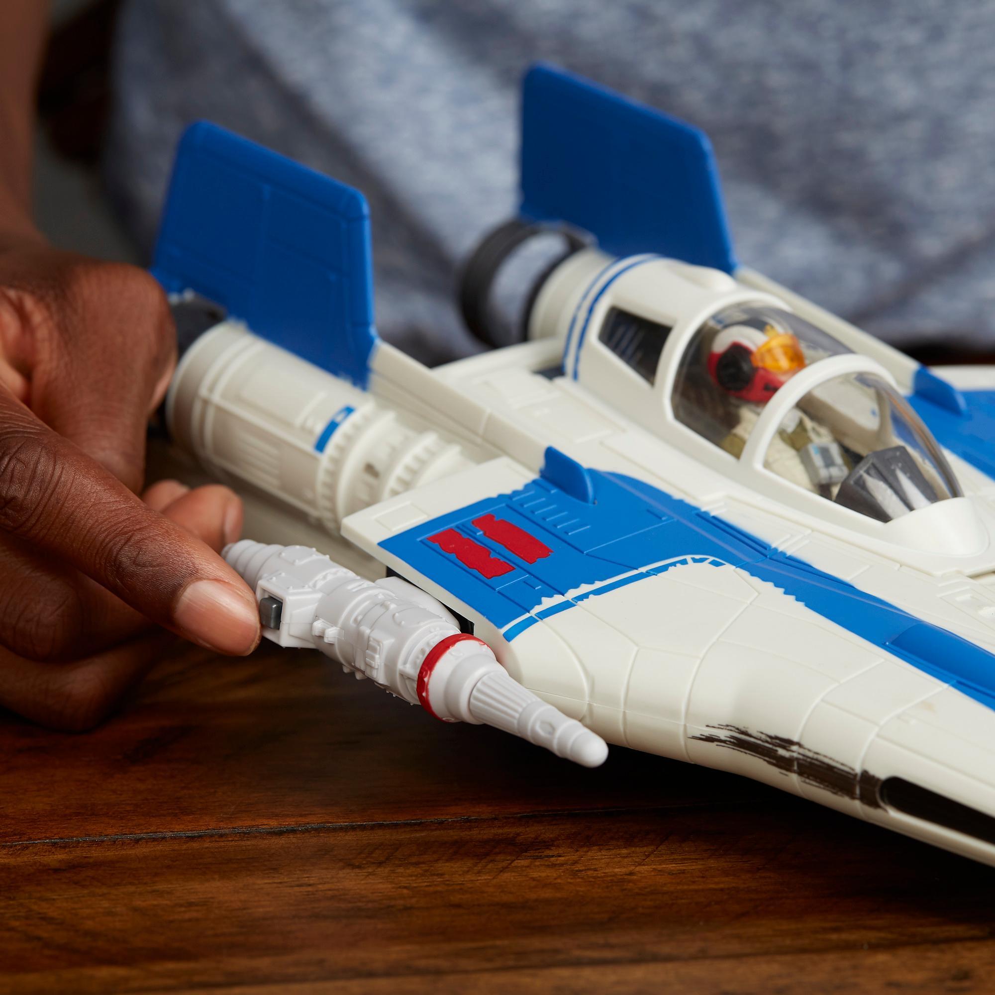 Star Wars Force Link - Caza A-wing y figura de la piloto de la Resistencia Tallie