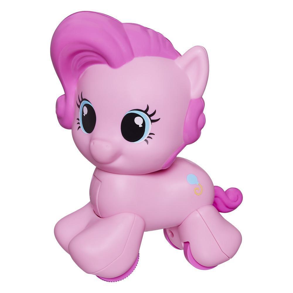 Pony sigue y gatea