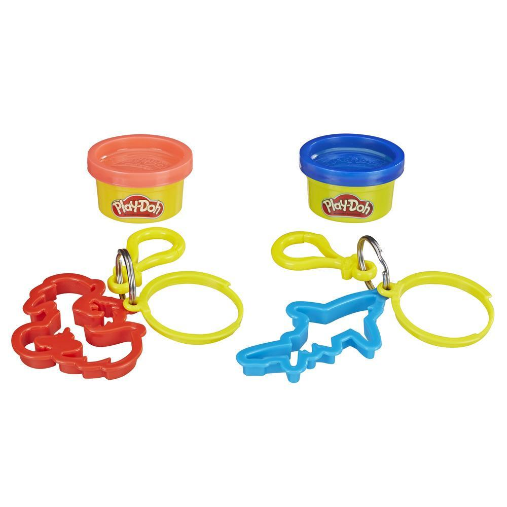 Play-Doh Clip-On Keychain Toy for Backpacks with Dragon and Shark Cutters and 2 Non-Toxic Colors, 1-Ounce Cans