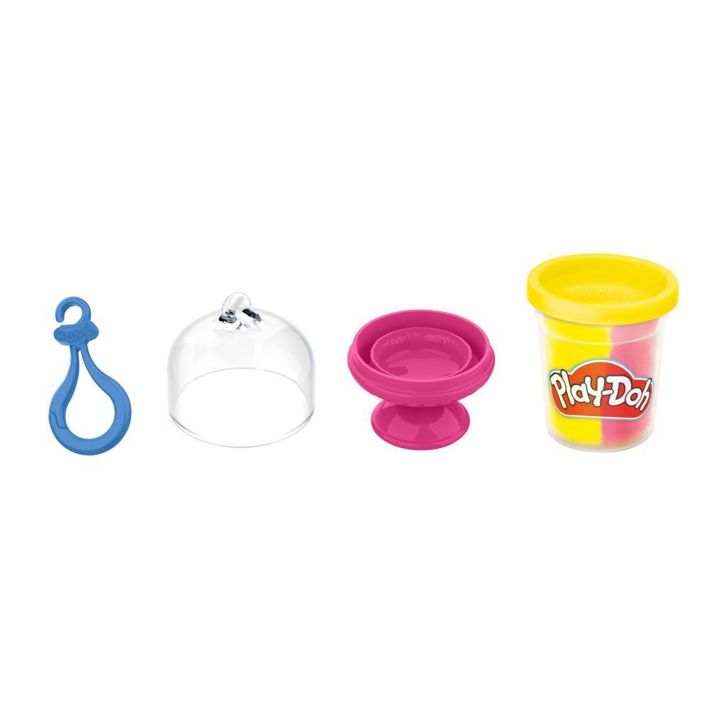 Play-Doh Kitchen Creations, petit gâteau à créer et exposer avec attache, 1 pot de pâte bicolore, enfants, dès 3 ans