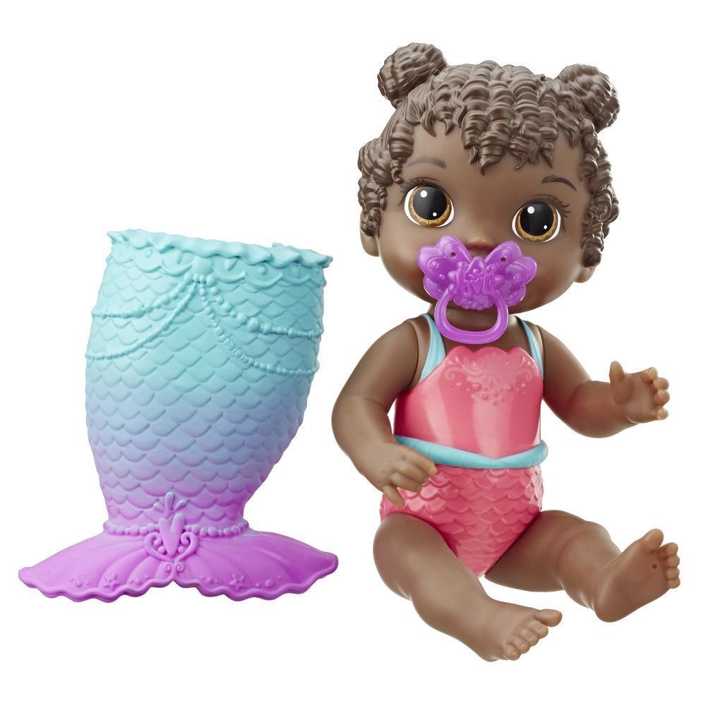 Baby Alive Aqua-bébé : poupée de bébé aux cheveux noirs qui joue dans l'eau, inclut queue de sirène à pince et suce, le haut du costume de bain change de couleur sous l'eau, poupée pour filles et garçons, à partir de 3 ans