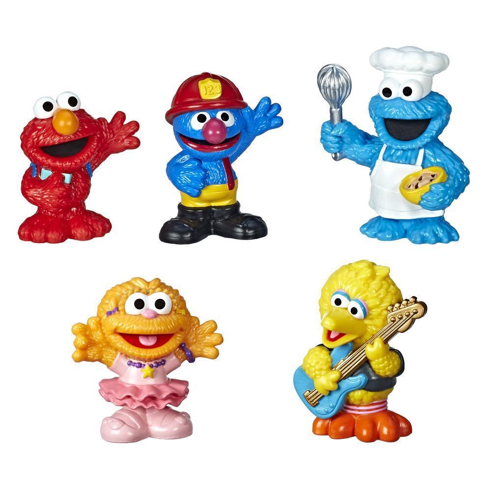 Sesame Street - Ensemble classique de collection Amis du quartier comprenant 5 figurines de 7,5 cm; jouet parfait pour les tout-petits et les enfants de 18 mois et plus