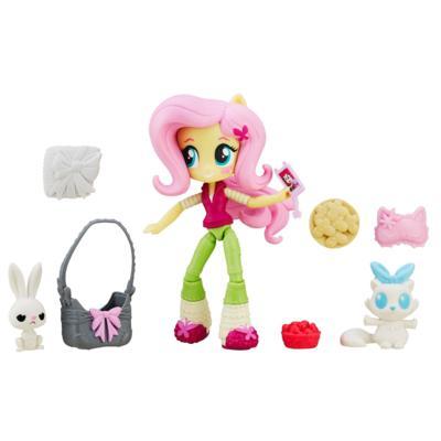 My Little Pony Equestria Girls - Mini poupée Fluttershy avec Ensemble Soirée pyjama