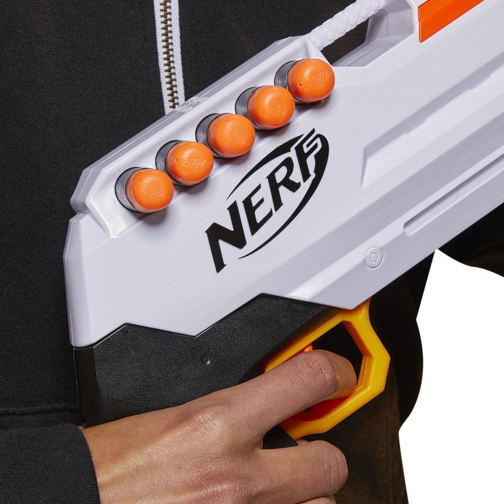 Nerf Ultra - Blaster Three, à pompe, chargeur intégré 8 fléchettes, 8 fléchettes Nerf Ultra, compatible uniquement avec fléchettes Nerf Ultra