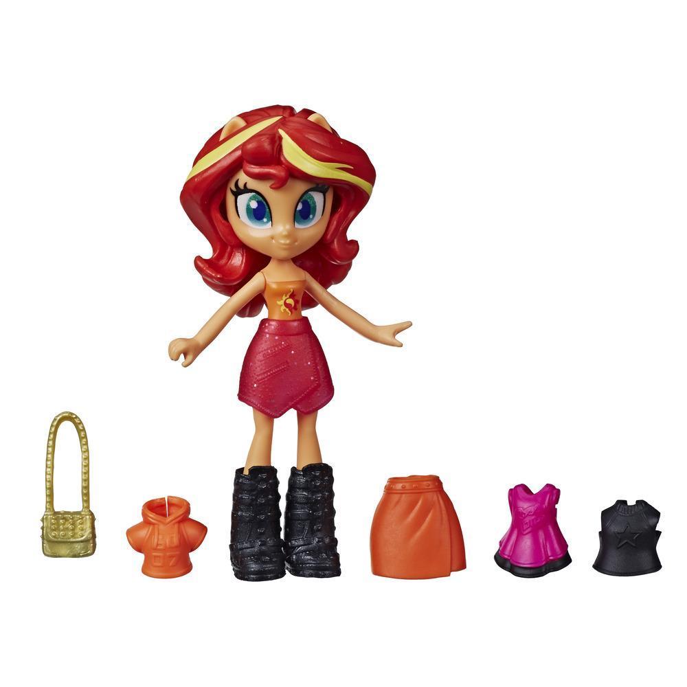 My Little Pony Equestria Girls,  mini-poupée Sunset Shimmer de 7,5 cm en potion, de la collection Brigade de la mode, vendue avec tenue et accessoires