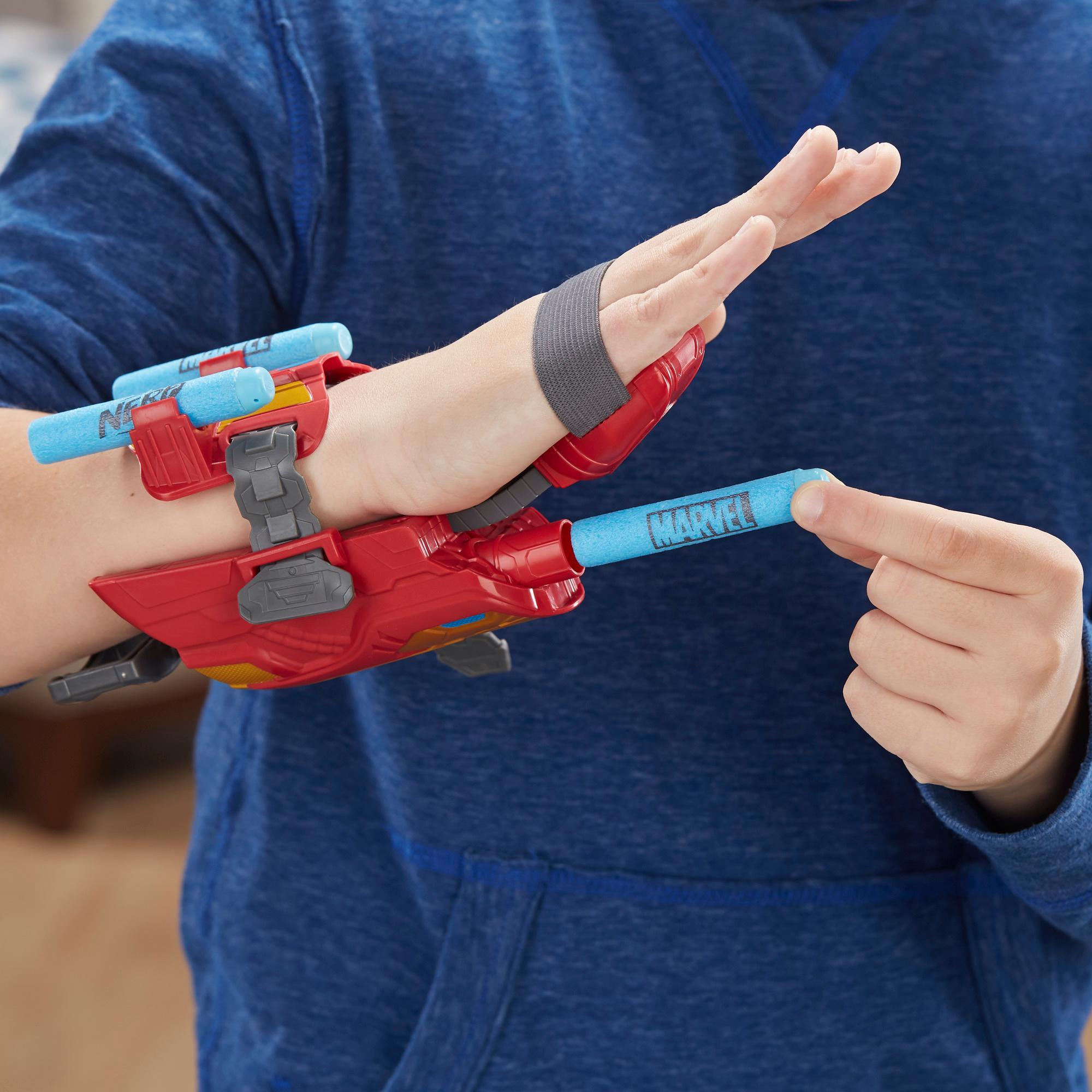 Marvel Avengers Gant Foudroyeur à répulsion Iron Man avec fléchettes Nerf pour jeu de rôle et de déguisement