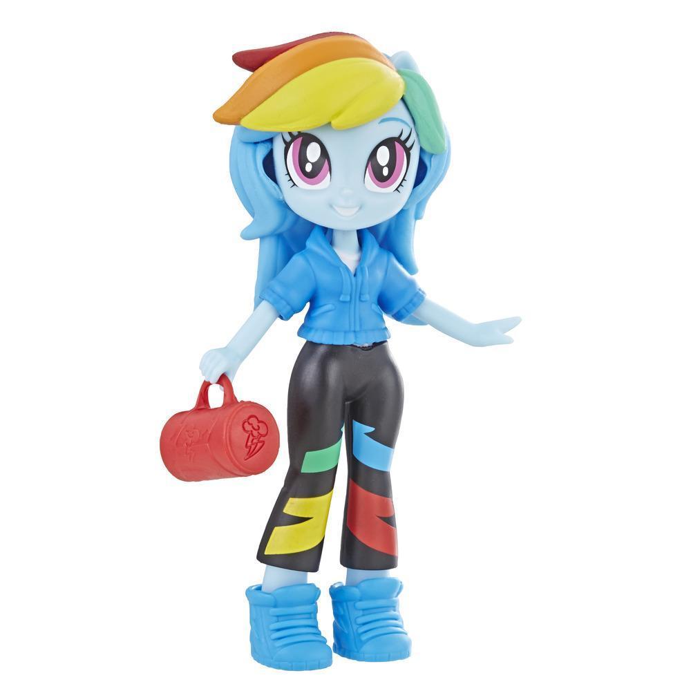 My Little Pony Equestria Girls - Minipoupée Rainbow Dash de 7,5 cm de la collection Peloton stylé, offerte avec tenue, chaussures et accessoire amovibles, pour filles de 5 ans et plus