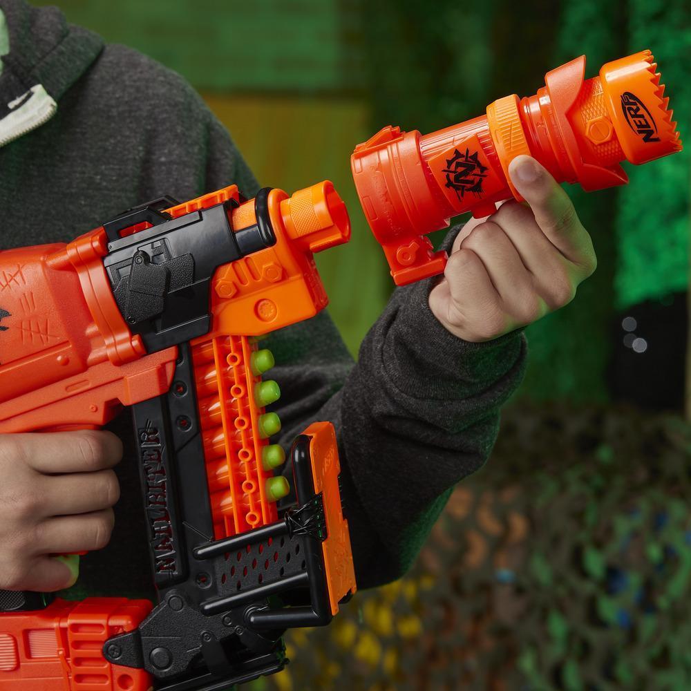 Nailbiter : foudroyeur jouet Zoom & Doom Nerf Zombie Strike avec chargeur à indexage, crosse, canon, 16 fléchettes Elite officielles Zombie Strike – pour enfants, ados et adultes