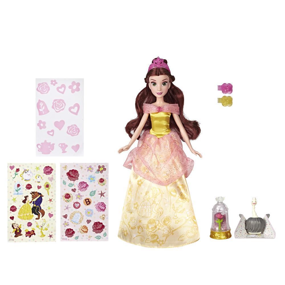 Disney Princess - Belle étincelante avec une robe que les enfants peuvent décorer à l'aide d'autocollants brillants, jouet pour les enfants de 3 ans et plus