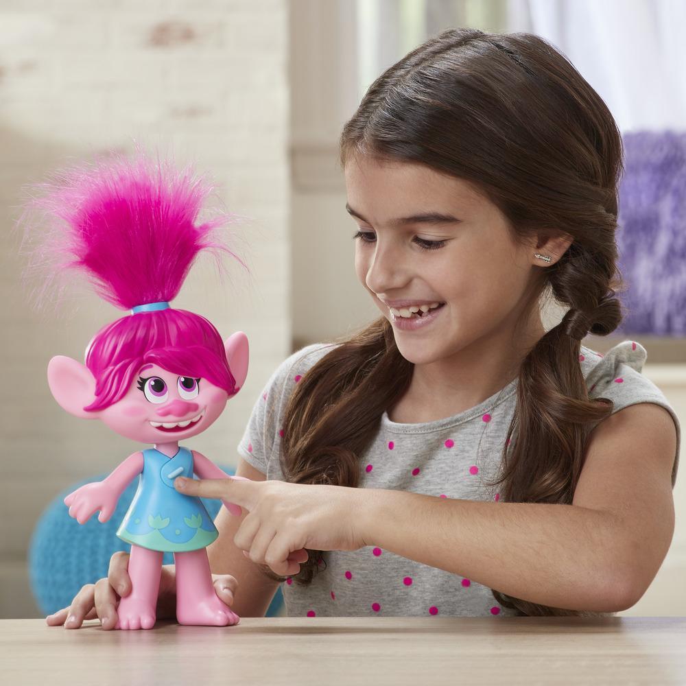 DreamWorks, Les Trolls 2 : Tournée mondiale - Poppy Superstar