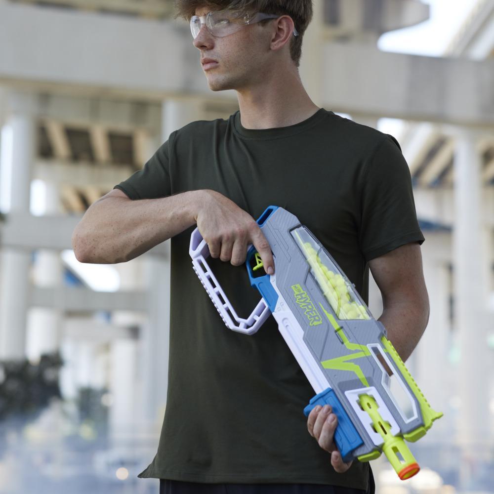 Nerf Hyper, blaster à pompe Siege-50, inclut 40 billes en mousse Nerf Hyper, vitesse de 33 m/s, recharge facile, capacité de 50 billes