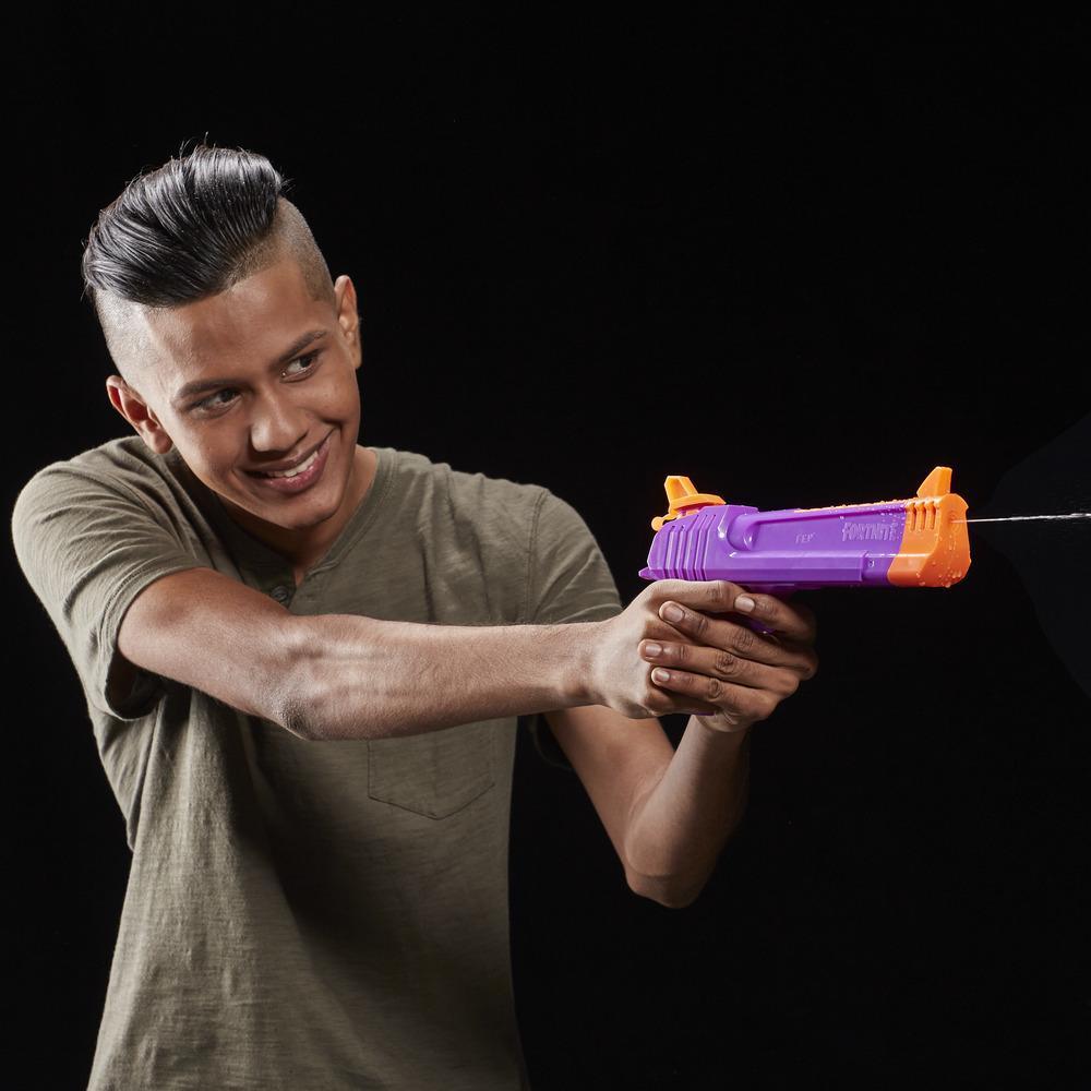 Jouet blaster à eau Fortnite HC-E Nerf Super Soaker -- Arrosage furtif -- Capacité de 218 millilitres -- Pour jeunes, adolescents, adultes