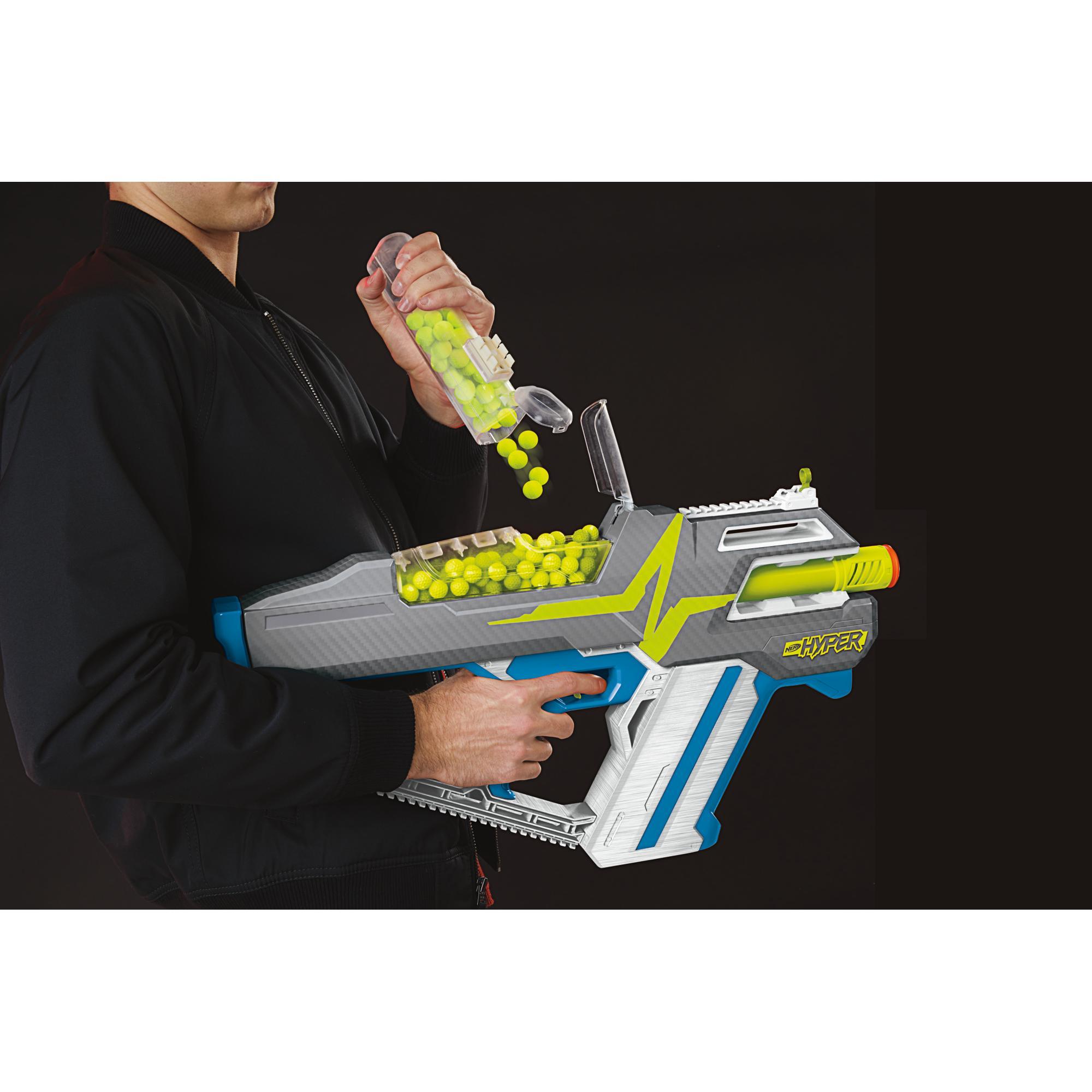 Nerf Hyper, blaster motorisé Mach-100, 80 billes Nerf Hyper, vitesse de 33 m/s, recharge facile, capacité de 100 billes