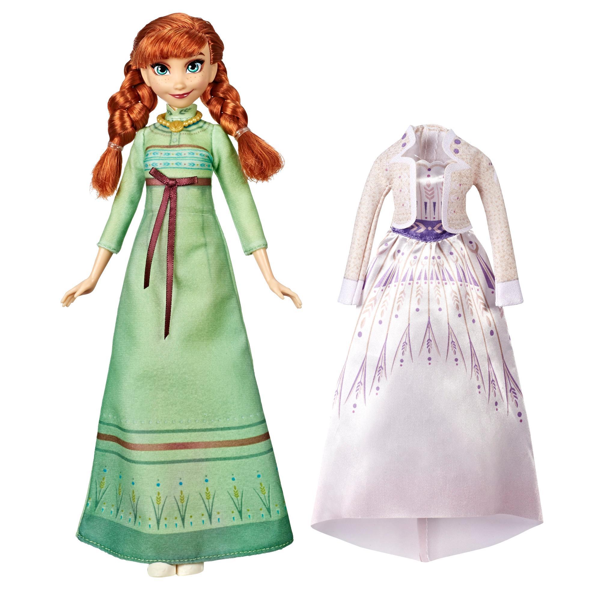 Fashion doll Anna Arendelle Fashions dal film Frozen di Disney con 2 completi, camicia da notte verde e abito bianco ispirato al film Frozen 2 - Giocattolo per bambini dai 3 anni in su