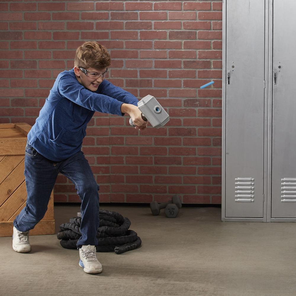 NERFパワームーブス・マーベル・アベンジャーズ・ソー ハンマーストライク ハンマーNERFダーツ-お子様のロールプレイ用おもちゃ。対象年齢5歳以上
