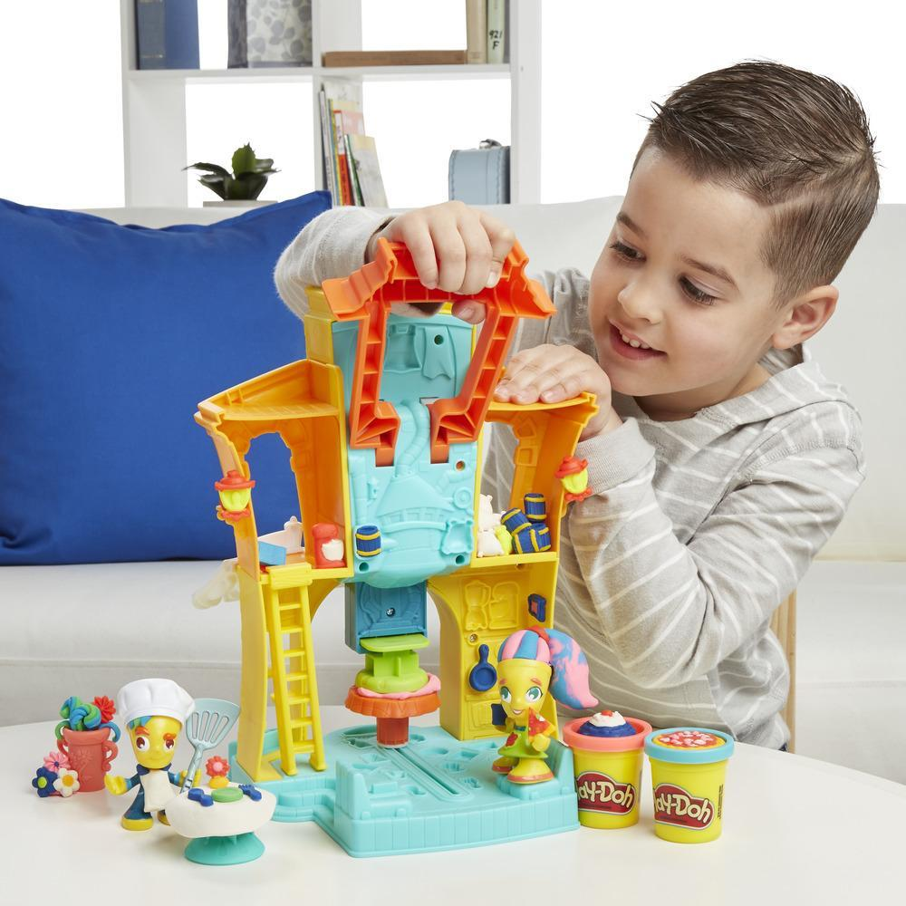 Play-Doh Town 3-in-1 Town Center