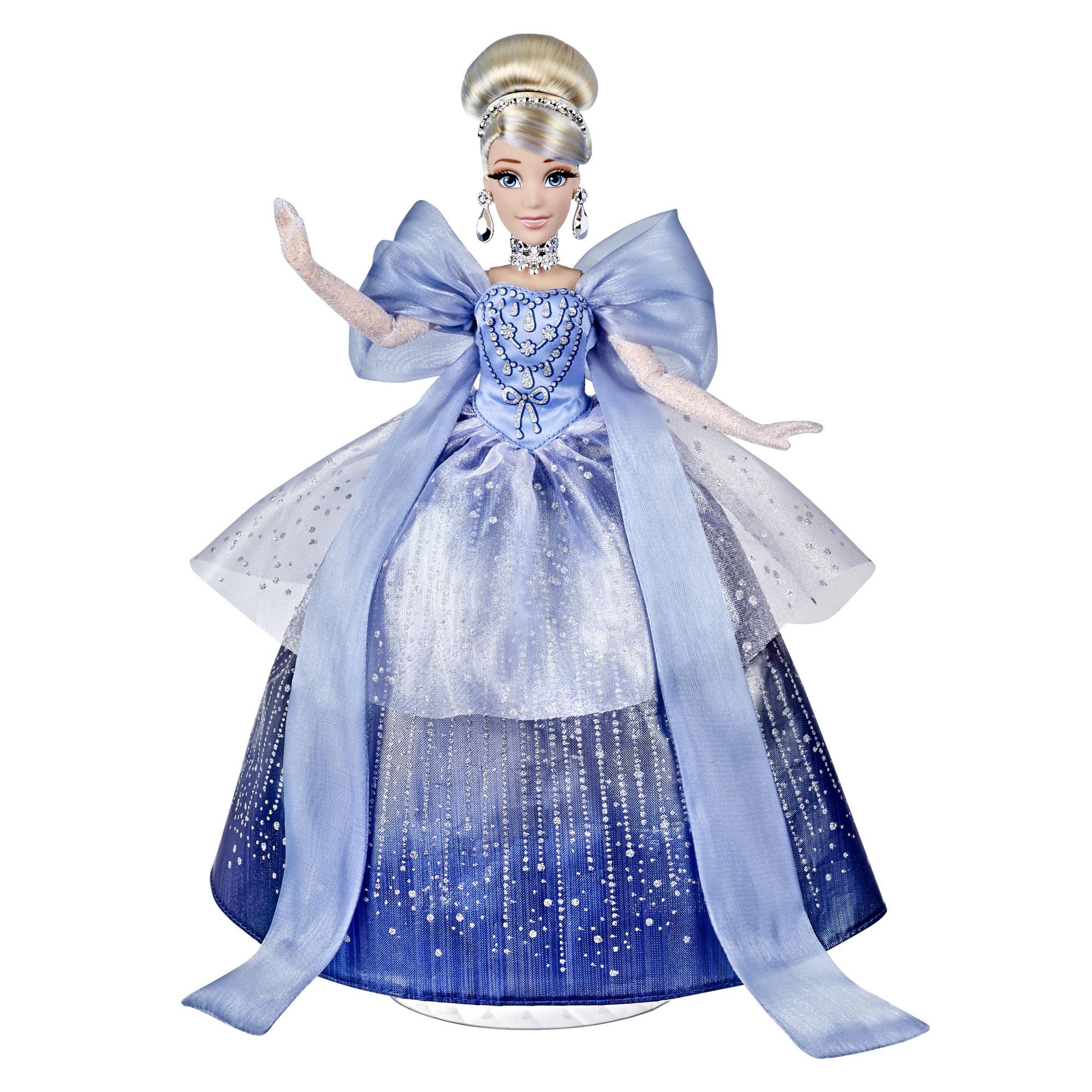 Disney Princess Style Series Holiday Style Cinderella, Christmas 2020 Fashion Collector Doll, leke for barn fra 6 år