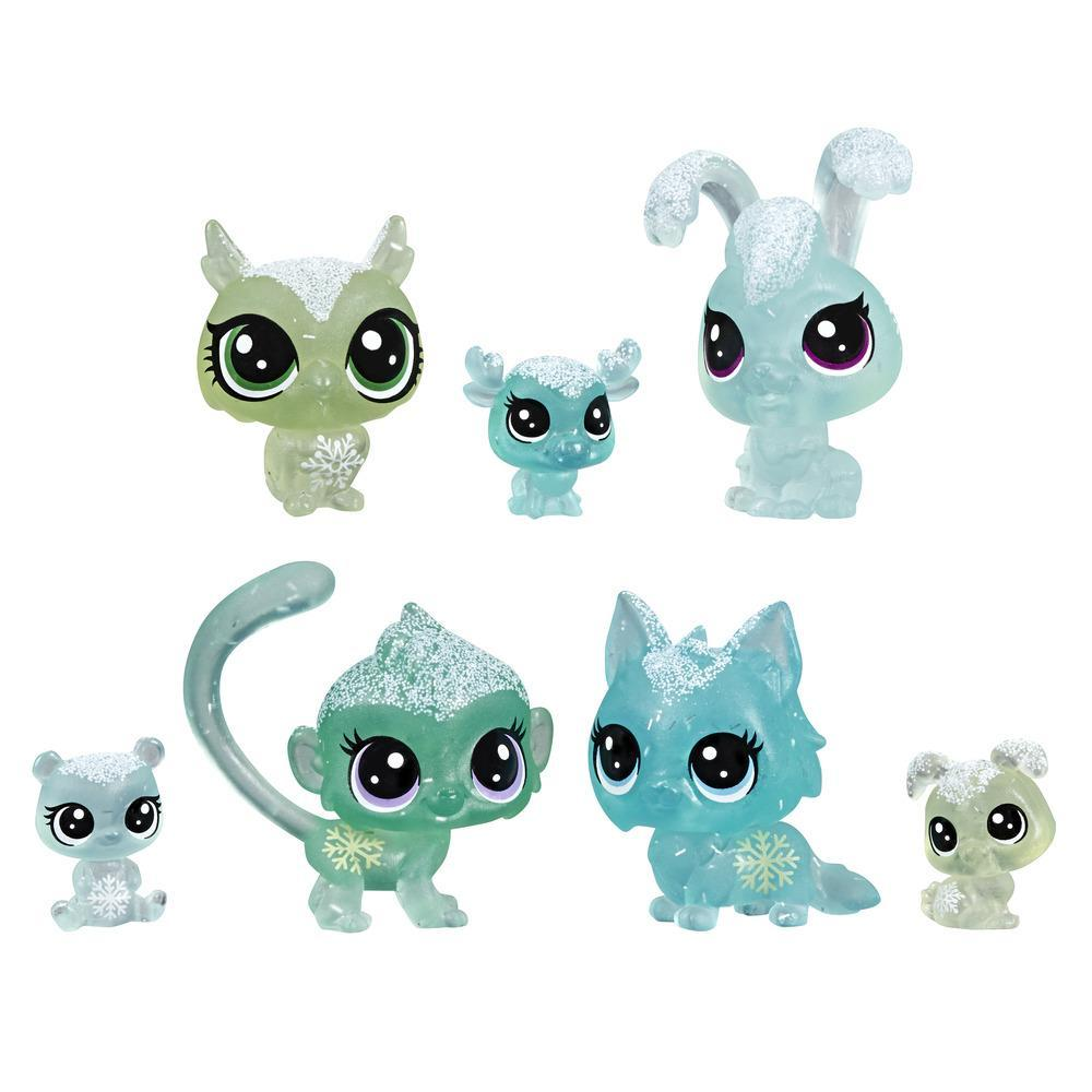 Littlest Pet Shop Frosted Wonderland Pet Friends Toy, Green Theme