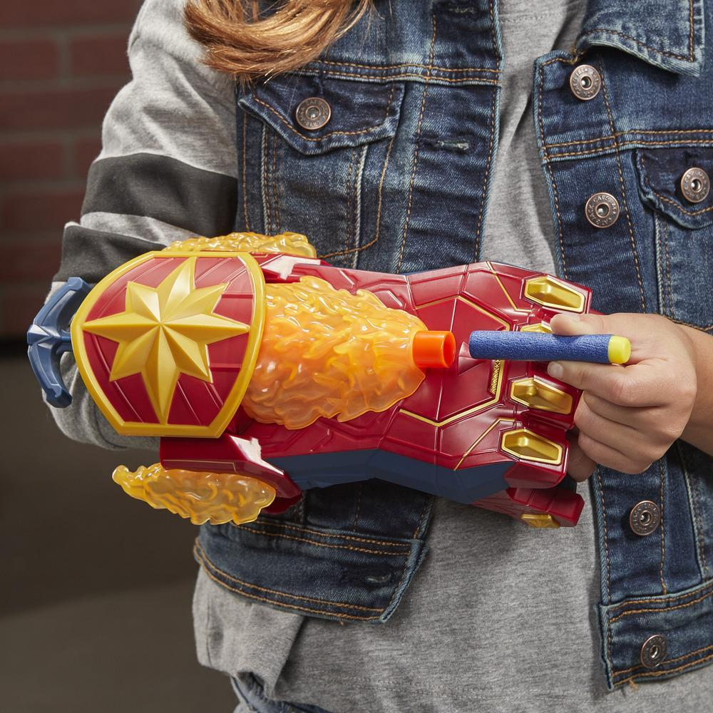 NERF Power Moves Marvel Avengers Captain Marvel Photon Blast NERF-pil-skytende leke, rollelek for barn, fra 5 år og oppover