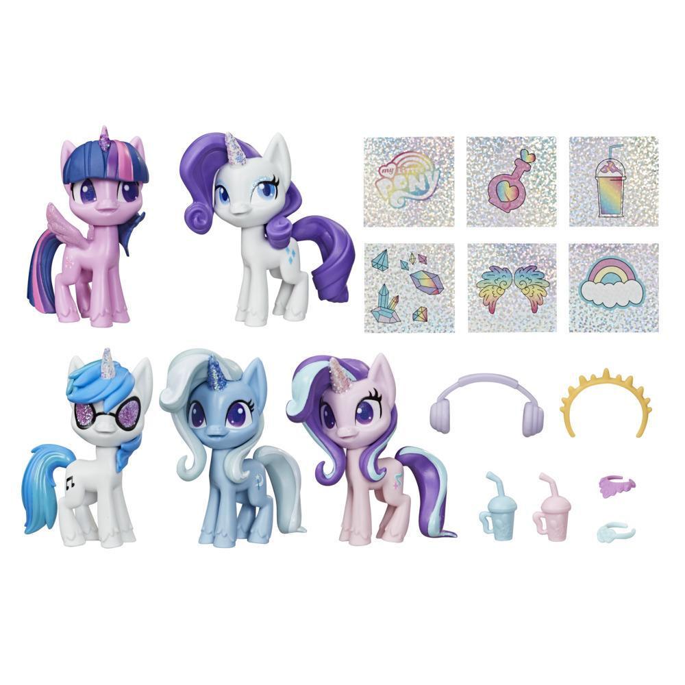 My Little Pony Magiczne Jednorożce to pięciopak 7,5-centymetrowych figurek kucyków My Little Pony z błyszczącymi rogami jednorożców i 12 akcesoriami-niespodziankami