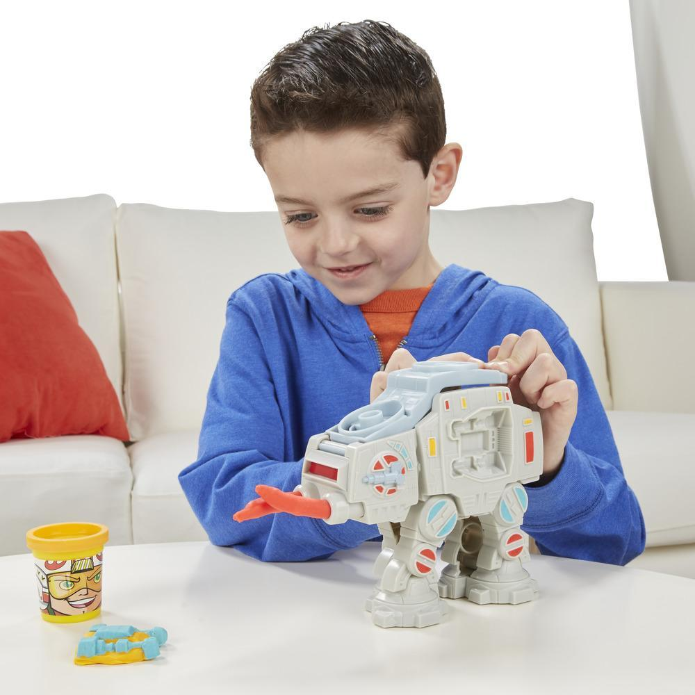 BRINQ CONJUNTO PD STAR WARS ATAQUE AT-AT