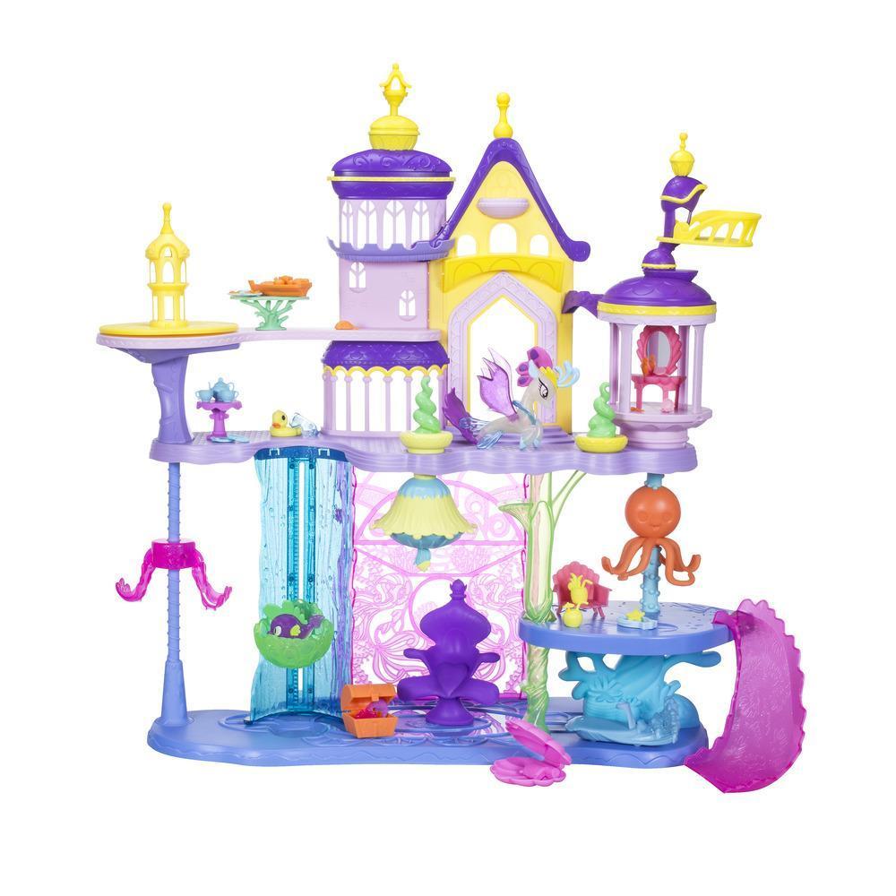 Castelo de Canterlot e Aquastria inspirado no filme My Little Pony
